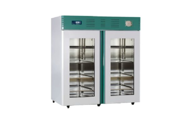 Refrigerator - Labratory and Pharmacy 1400 Litre